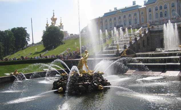 Праздник открытия фонтанов.  Петергоф